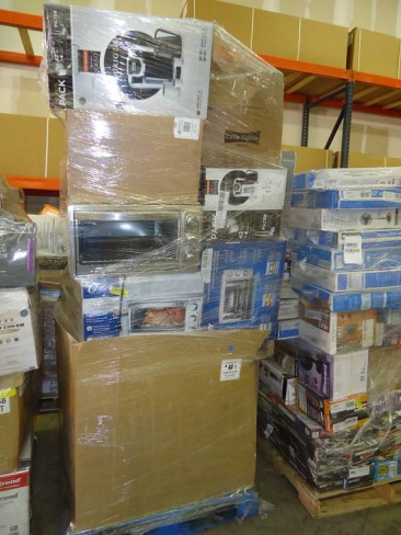 Load Arrive Weekly W Mart Super Store General Merchandise